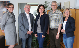Gruppenfoto, v.l.n.r.: Dr. Monika Hackel (BIBB), Prof. Dr. Michael Heister (BIBB), Prof. Dr. Ulrike Weyland (WWU), Prof. Dr. Friedrich Hubert Esser (BIBB), Prof. Dr. Ursula Bylinski (FH Münster)
