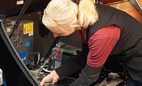 Automatenfachleute betreuen die unterschiedlichsten Automatentypen