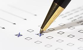 Ausfüllen eines Fragebogens