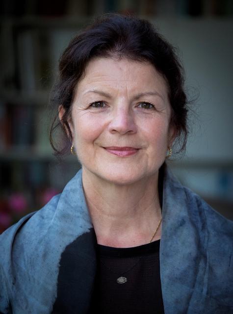 Dr. Agnes Dietzen