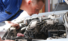 Building apprentices' skills in the workplace: Car service in Germany, the UK and Spain