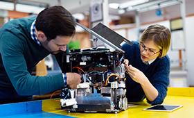 Digitalisierungsprozesse, Ausbildungsbeteiligung, Fachkräfterekrutierung