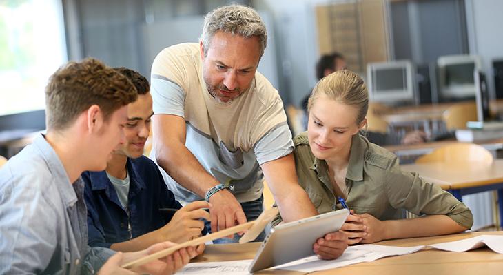 Informationen für das Bildungspersonal und Ausbildungsbetriebe
