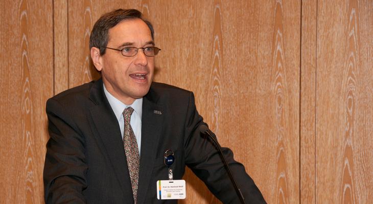 Prof. Dr. Reinhold Weiß