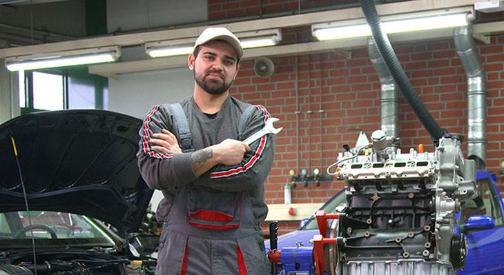 Erfahrungsbericht zur Qualifikationsanalyse: Kfz-Mechatroniker Ahmad Khazaal