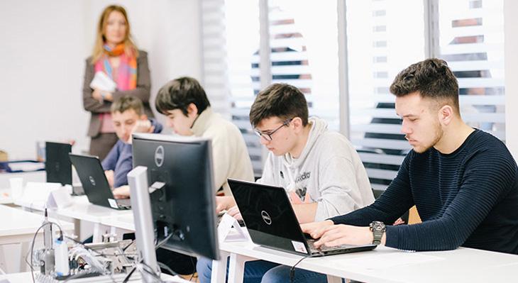iMOVE-Praxisbericht: Private duale Berufsschule in Serbien