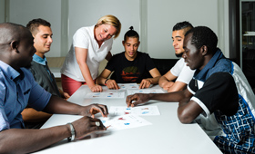 Practical experience and individual support ease the way into training for refugees