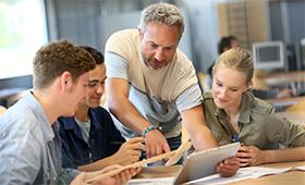 Nachwuchssicherung und Karriereförderung durch berufliche Bildung