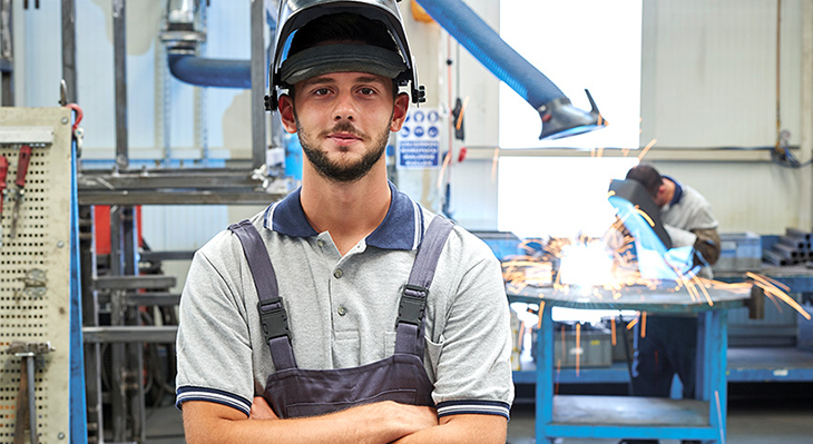 Distance learning leads to specialist welding engineer qualification