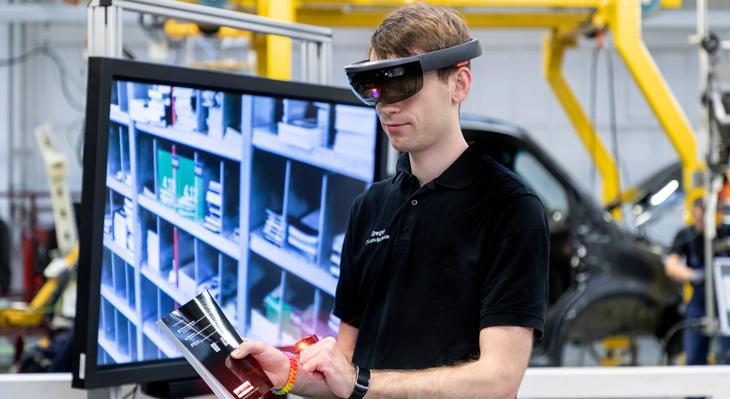 Die Digitalisierung hält Einzug ins Cockpit