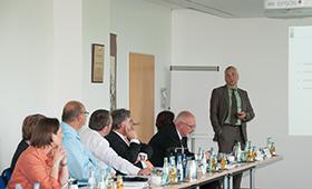 Dr. Gert Zinke bei seinem Vortrag