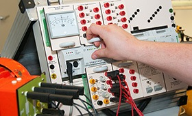 Threat of dramatic skilled labour shortage in electrical engineering and supply occupations